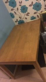 OAK DINING TABLE, BARELY USED, GREAT CONDITION