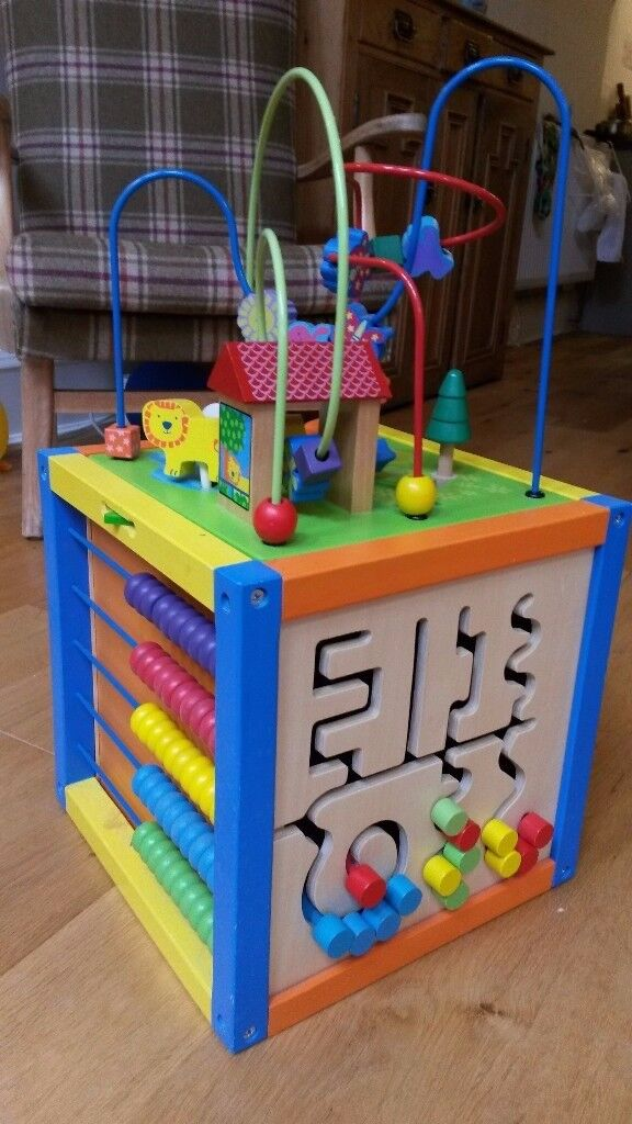 Baby / toddler activity cube in great condition