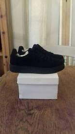 Black trainers