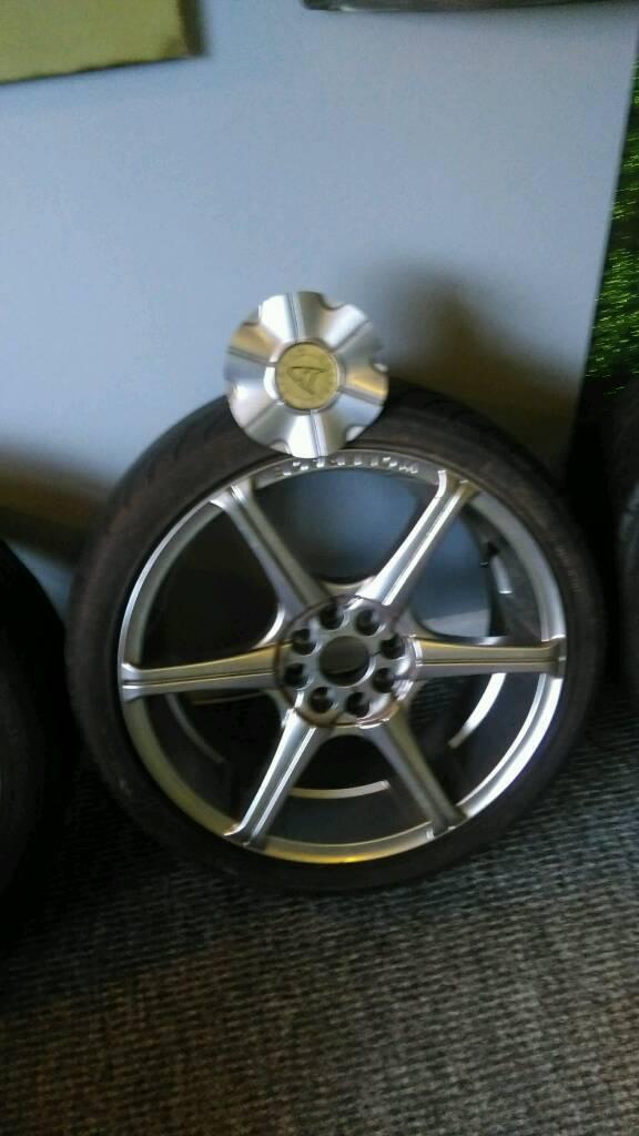 Wolf race wheels