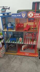 Police and fire station (wooden)