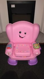 Baby girl clothes age 0/3, 3-6 and baby toys / walker