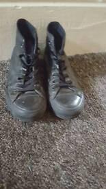Converse sheos size 5