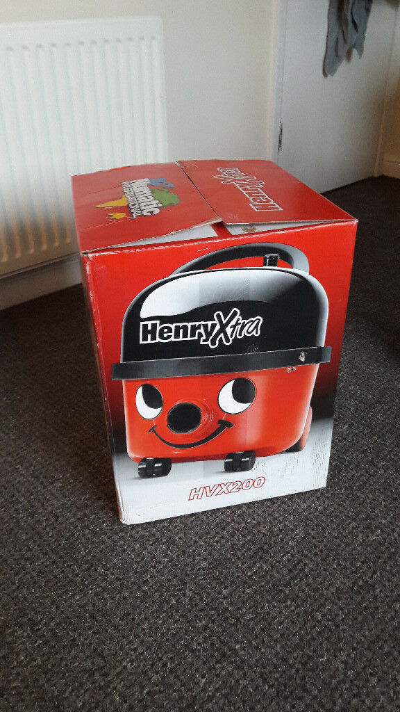 Vacuum Cleaner HenryXtra 200-11 with Kit XS1 NEVER USED
