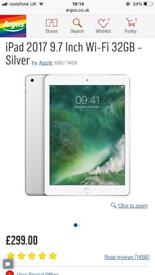 iPad 9.7 32GB Wifi 2017 5th Gen - Silver