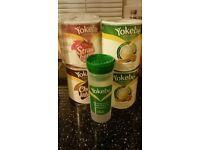 Yokebe shakes and shaker