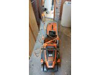 FOR SPARES/REPAIR - Black + Decker 1800W Edge-Max Rotary Electric Lawn Mower with 42cm Cut