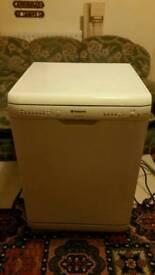 Hotpoint FDW60 dishwasher
