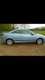 2006 vauxhall Astra twin top 150bhp. Good condition for age, working roof and a great car to drive