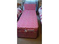 Girls short bed