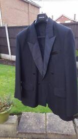 Men's Black Tuxedo/Dinner Suit for special occasions