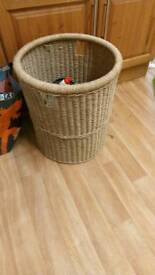 Wicker washing basket