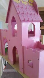Wooden Castle (suitable 3 +)