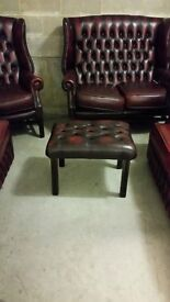 2 Seat Georgian Wing Settee in Red Antique Leather