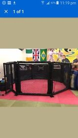 Mma cage fighting traing octagon