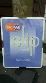 Clip photo frame