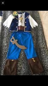 Pirate outfit 5-6 y
