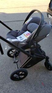 New Cybex Priam Cloud Q infant car seat in gray + stroller frame