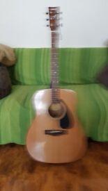 Yamaha F310 Aoustic Guitar