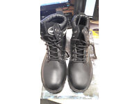 UNISEX BLACK RUGGED TERRAIN SAFETY BOOT WITH SRA SOLE SIZE 5