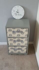 Elephant themed drawer, rug and clock set
