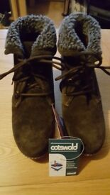 Ladies cotswold waterproof membrane ankle boots , size 5, come with box
