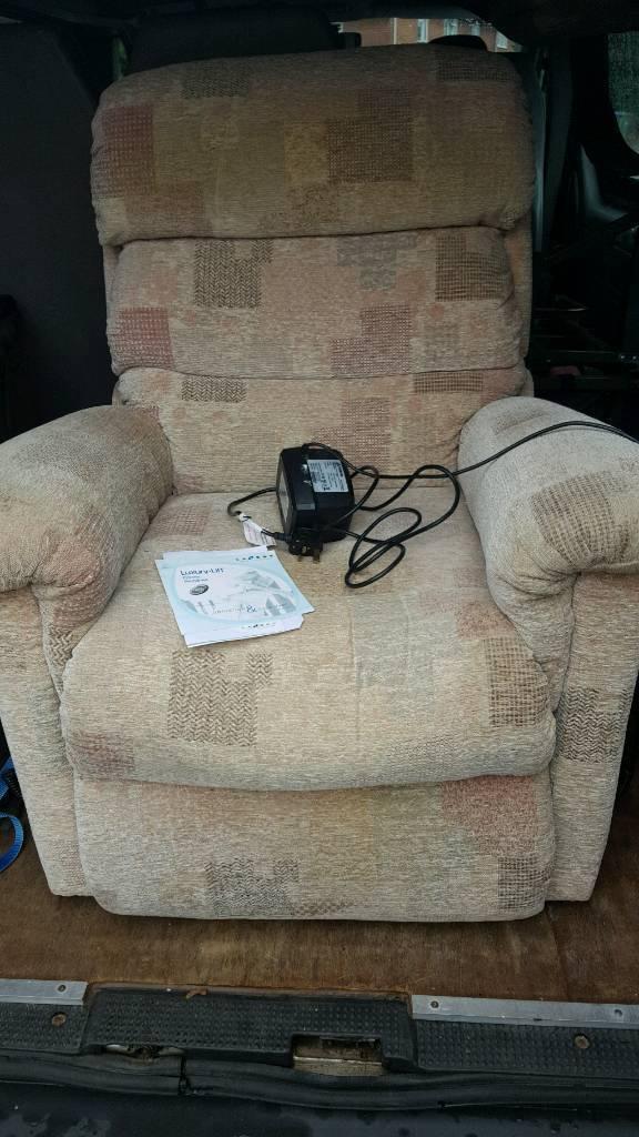 lazyboy remotecontrol easy chair