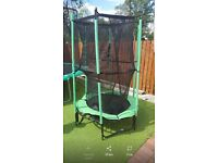 Toddler trampoline with net