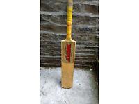 M.R.F Geneus Professional Cricket Bat