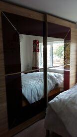 Triple sliding mirror doors wardrobe