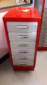 Retro 6 drawer filing cabinet in nice condition.