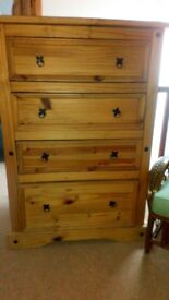 Chest of drawers £50