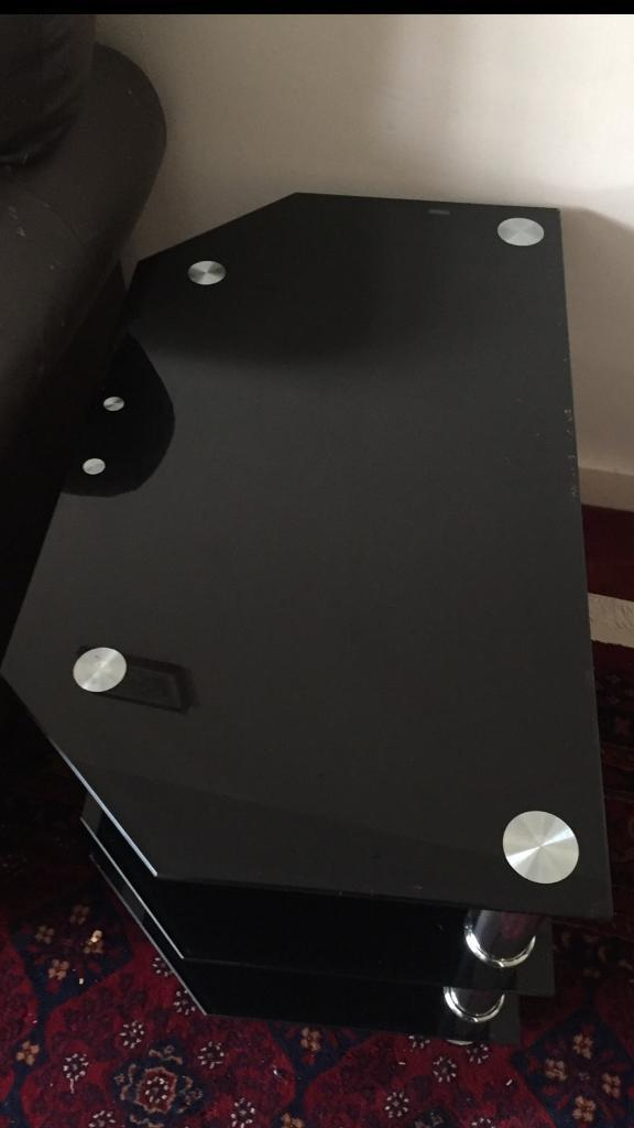 Tv stand/ trolly