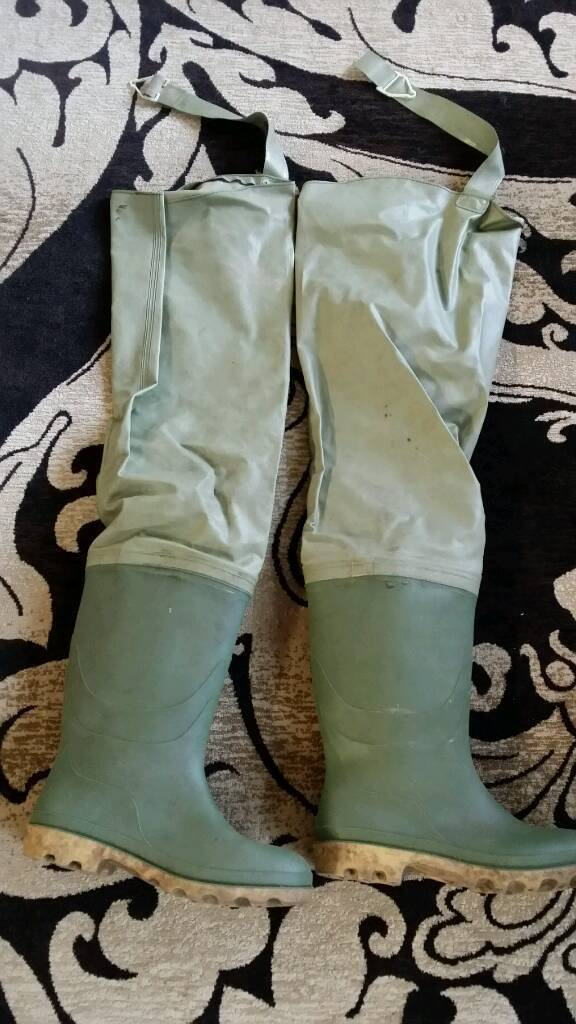 Waders size 11