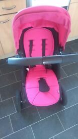 Pink mamas and papas sola city