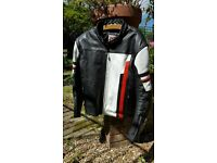 Merlin leather motorbike jacket xl size 46uk