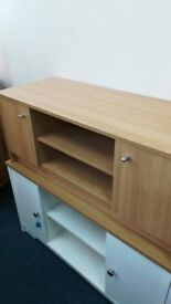 NEW 2 Door TV Unit Oak Effect, Putty or White