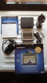 Garmin nuvi 300t. comes with pouch box and charger holder
