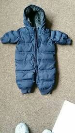 Snowsuit/pramsuit baby GAP all in one age 6-12 months blue/navy