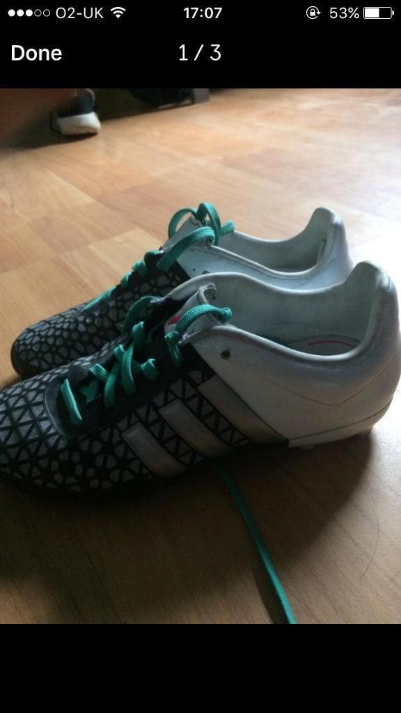 2 pairs of Adidas football boots size 2 and 2.5 both Adidas