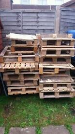 Wooden pallets free for collector