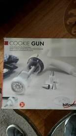 Cookie gun