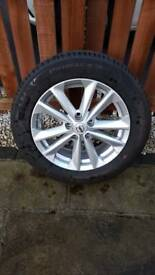 Nissan Qashqai 17 Alloy Wheel With Original Mitchelin Tyre Genuine Part
