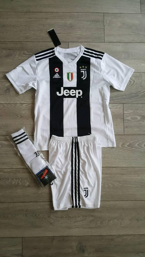 ce830427e06 ... denmark 2018 19 juventus football kit ronaldo n.7 adidas tshirt shorts  927be d9d09