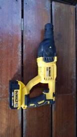 Dewalt 18v hammer drill brushless