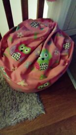 Girls beanbag and chair