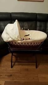 IzziWotNot Premium Moses Basket. Used for 2 nights!