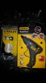 Stanley glue gun with glue sticks