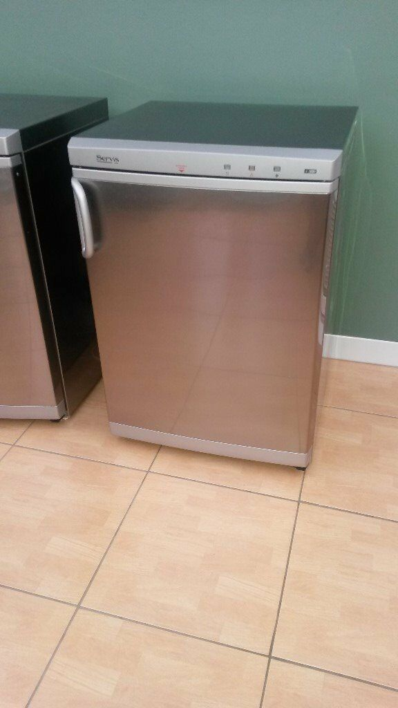 Servis Silver Undercounter Freezerin Newark, NottinghamshireGumtree - Servis silver/grey undercounter freezer Very good condition inside and outside (one tray door is cracked) No longer required due to having had a new kitchen fitted. From a smoke and pet free home. Width 590mm Depth 590mm Height 850mm Must be...