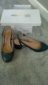 NAVY SHOES Size 6